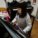 ピアノが特技となり学校でも輝いています☆☆☆